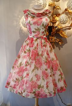 From the archives of Xtabay Vintage Shop.THE Betty Draper dress, rose print chiffon quintessential early party dress. by gayle Vestidos Vintage, Vintage Dresses, Vintage Outfits, Vintage Fashion, Vintage Style, Vintage Clothing, Vintage Floral, Trendy Fashion, 1950 Style