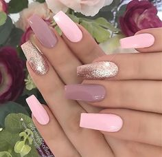 Mauve Pastel Pink and Rosegold Glitter on Coffin Nails Nail Artist: darle Ongles Rose Pastel, Pastel Pink Nails, Mauve Nails, Pink Nail Art, Rose Gold Nails, Pink Glitter Nails, Elegant Nails, Stylish Nails, Trendy Nails