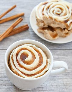 Cinnamon Roll (microwave) Mug Cake | Kirbie's Cravings | A San Diego food & travel blog