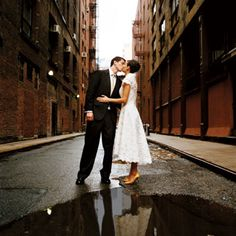 A rainy day can still make for wonderful wedding pictures