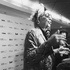 Keef a few hours ago @ the premiere of #UnderTheInfluence, which is gonna be up on @Netflix tonight at midnight! #TIFF #KEITHRICHARDS
