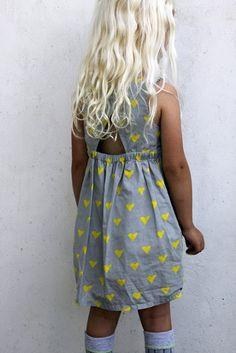 Groovybaby....and mama: Yndlingskjoler. http://www.cosstores.com/Store/Children/Skirts_Dresses/Heart_print_dress/381861-3801239.1#c-3801443