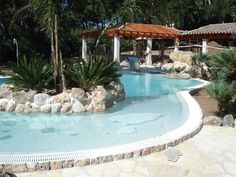 Piscinas ovalada en Formentor. Mallorca www.piscinasmallorca.es Pools, Outdoor Decor, Home Decor, Balearic Islands, Majorca, Decoration Home, Swimming Pools, Room Decor, Interior Decorating