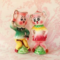Vintage Anthropomorphic Teapot Salt and Pepper Shakers