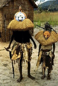 Mingaji masquerade by the Pende People of the Congo  #tradition #men