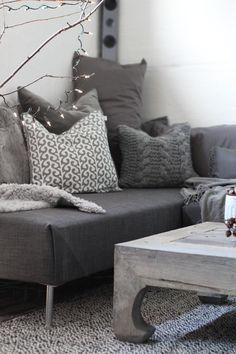 { DIY: Sofa with chaise lounge } | Stylizimo Blog