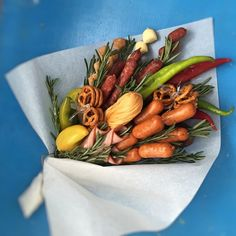 Картинки по запросу букет из колбасы
