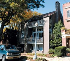 Luxury Home Sales: Architect Suman Sorg sold a contemporary house in Kalorama for $3,200,000.