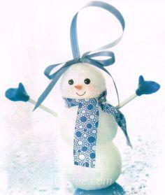 How to make glittered snowman ornaments with balls of Styrofoam brand foam