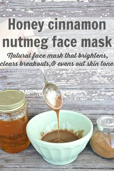 DIY honey cinnamon nutmeg face mask - A natural face mask that brightens skin, clears breakouts, & evens out skin tone. A must try for any skin issues! Mix: honey, cinnamon, nutmeg (you can also add oatmeal or turmeric). Nutmeg Face Mask, Cinnamon Face Mask, Even Out Skin Tone, Honey And Cinnamon, Cinnamon For Skin, Skin Care Remedies, Natural Remedies, Tips Belleza, Beauty Recipe