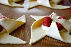 Raspberry Cream Cheese Pinwheel Pastries | recipe via justataste.com