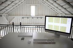 rustic white studio (image © Daniela Berkhout)