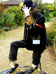 Harpole Scarecrow Festival 2009-Michael Jackson. by Chris H#, via Flickr