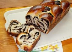 Romanian Food, Muffin, Bread, Breakfast, Fine Dining, Morning Coffee, Cupcakes, Muffins, Bakeries