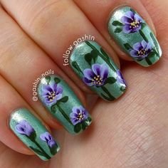Purple One Stroke Flowers - lightbox CFL light Great Nails, Cool Nail Art, Cute Nails, Amazing Nails, Beautiful Nail Designs, Beautiful Nail Art, Spring Nails, Summer Nails, Flower Nails