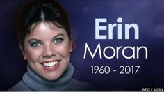 RIP- Erin Moran - 18 - 1960 - best known for playing Joanie on Happy Daysand its spin- off Joanie and Loves Chachi. Erin also appeared in various TV roles including The Waltons ,Murder she Wrote, The Love Boat among others. Happy Days Tv Show, Erin Moran, Male Country Singers, Scott Baio, Celebrities Then And Now, Celebrity Deaths, Love Boat, Thanks For The Memories, Old Actress