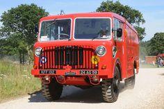 Thornycroft Old Lorries, Emergency Vehicles, Aeroplanes, Fire Engine, Vintage Trucks, Fire Trucks, Firefighter, Military Vehicles, Motorbikes