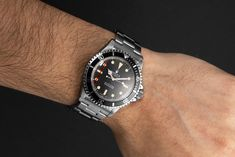 "Worn by the world's most famous spy in the movie ""Live and let die"", the Rolex Submariner (Ref. 5513) is now one of the absolute classics. James Bond Rolex, Rolex Submariner 5513, Buy Rolex, Rolex Models, Luxury Watch Brands, Spy, Rolex Watches, Movie, Stuff To Buy"