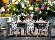 Light Weight Aluminum Band Patio Area Furnishings for the Poolside – Outdoor Patio Decor Bistro Chairs, Outdoor Dining Chairs, Outdoor Rooms, Indoor Outdoor, Outdoor Living, Dining Table, Round Dining, Bohemian Patio, Anthropologie Home