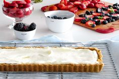 Italian Lemon Mascarpone Berry Tart Berry Tart, Light Desserts, Berries, Cheesecake, Lemon, Yummy Food, Sweet, Recipes, Mascarpone