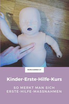 First aid course for children - logically taken measures About Mit Puppen spielen rettet Leben! Parenting Books, Gentle Parenting, Parenting Quotes, Kids And Parenting, Parenting Tips, First Aid Course, Strong Willed Child, Kids Sleep, First Baby