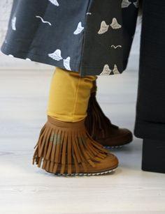 REVIEW: Shoesme BABY-PROOF® Smart eerste stapschoenen met franjes en sterren. Shoesme-hippe-babylaarsjes-eerste-loopschoentjes-babyschoentjes