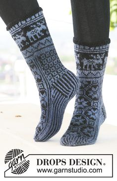 Socks & Slippers - Free knitting patterns and crochet patterns by DROPS Design Knitted Booties, Knitted Slippers, Knitted Hats, Crochet Socks, Knitting Socks, Knit Crochet, Knitting Patterns Free, Free Knitting, Crochet Patterns