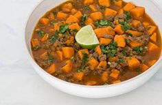 Get Skinny With Pia - Google+  Sweet Potato and Beef Chili  #healthyliving #glutenfree #diabeticfriendly #paleo #raw #yummy #lowfat #lowcarb #dairyfree  Ingredients  1 pound 95% lean Ground Beef 1/2 teaspoon Salt 1/4 teaspoon Black Pepper 3 cloves Garlic, minced 1 medium Red Onion (approx. 2.5″ diameter), diced 1-1/4 pounds Sweet Potato, peeled and cubed 2 teaspoons Coriander 1-1/2 teaspoons Cumin 1/2 teaspoon Paprika 1/4 teaspoon Chili Powder 1 tablespoon cooking Oil 1 can (14.5 ounces) Dic