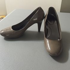 Merona heels Merona heels. Worn maybe once?? Merona Shoes