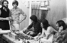 #thebeatles #paulmccartney Glyn Johns, #georgeharrison, #johnlennon and #ringostarr, 1969.