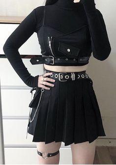 Urban Fashion Women, Dark Fashion, Grunge Fashion, Gothic Fashion, Womens Fashion, Kpop Fashion Outfits, Korean Outfits, Grunge Outfits, Estilo Dark