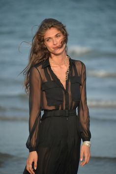 ELISA SEDNAOUI at day 1 venice film festival 2015. jewelry by buccellati.