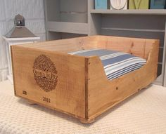 Recycled wooden box cat bed  Ormes de Pez  cat lover gift