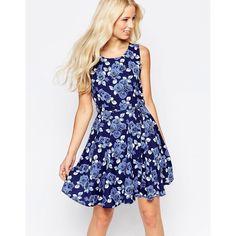 Iska Rose Print Skater Dress (375 ARS) ❤ liked on Polyvore featuring dresses, navy, zip dress, navy blue dress, rose print dress, scoop-neck dresses and skater dress