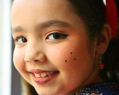 Make infantil Momento Princesa www.sterdipoa.com.br fonte: http://www.mundodastribos.com/maquiagem-infantil-para-festa-junina.html