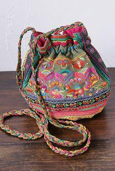 select shop reflection | Rakuten Global Market: STAR MELA スターメラ KALAYA POUCH BAG bag / import embroidery Pochette / possible shop
