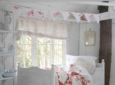Faded Plains: Lilliput - Little White Barn
