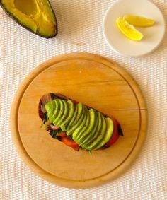 Avocado w spinach on toast.jpg