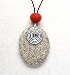 Paper Flower Jewelry by Sabrina Meyns - Wearable Art Blog