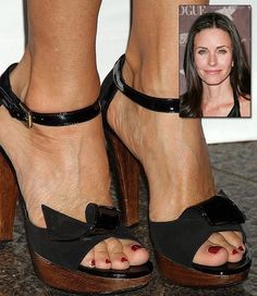 which actress has the prettiest feet