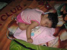 Dormidita después de una larga jornada de travesuras y juegos...