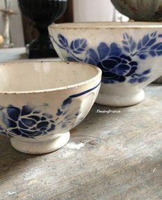 antique cafe au lait bowls blue and white