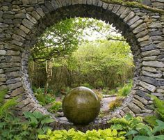 34 The Best Stone Moon Gate Design Ideas For Your Garden - SearcHomee