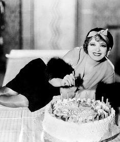 Happy birthday, Clara Bow! (July 29, 1905 – September 27, 1965)
