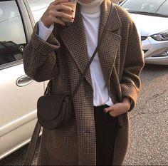 korean fashion aesthetic outfits soft kfashion ulzzang girl 얼짱 casual clothes grunge minimalistic cute kawaii comfy formal everyday street spring summer autumn winter g e o r g i a n a : c l o t h e s Look Fashion, Winter Fashion, Fashion Outfits, Womens Fashion, Korean Fashion Fall, Classy Fashion, Fashion Story, Fashion Black, Fashion Clothes