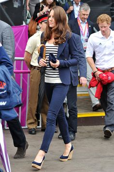 Kate Middleton looking classically fabulous in basic wardrobe staples at the London Olympics.