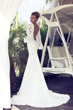 ♡ Inspiration for Bridal shoots and bridal fashion shoots with Adagio Images: www.adagio-images... and www.facebook.com/...   #bridal #whitedress #bridalinspiration ♡