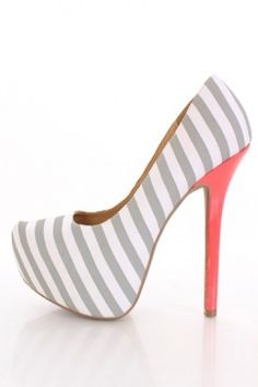 We love this high heels - Such a spring shoe!