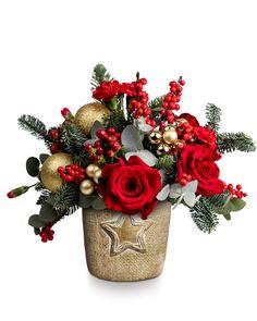 #craciun #aranjamentfloral #christmasflowers Christmas Wreaths, Holiday Decor, Home Decor, Decoration Home, Room Decor, Home Interior Design, Home Decoration, Interior Design