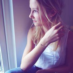 KONFIRMATION❤️ Lykkearmbåndene fra Charm'ed Copenhagen er den perfekte konfirmationsgave. Gør armbåndet til dit eget og vælg mellem 29 farver bånd. www.charmedcopenhagen.com #charmed_cph #konfirmation #gave #konfirmationsgave #kjole #mode #danskdesign